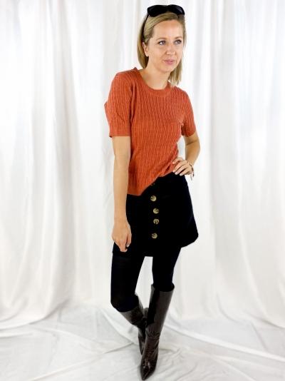 velours skirt logo