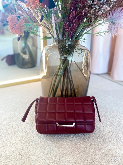 Cloud bag S burgundy