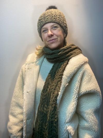 Beany speckles yarn khaki