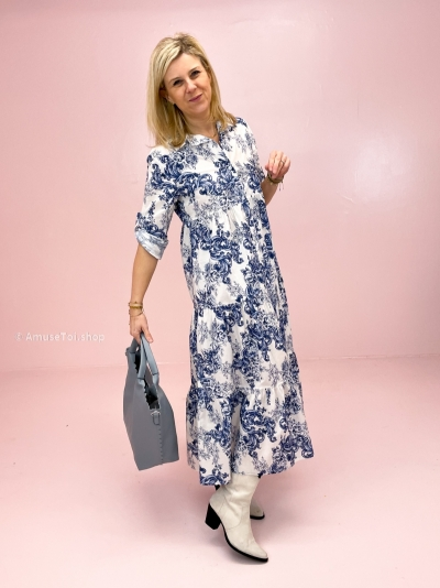 Vilroy dress white/blue