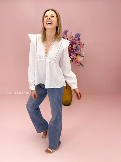 Elimbah blouse white