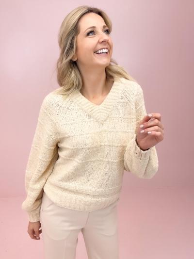 Lotte knit logo