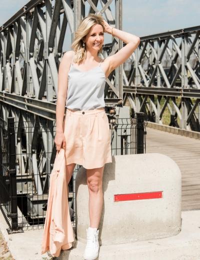 Cassi Karra shorts peach fuzz