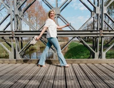 Tara flas jeans Maya Bay maya bay