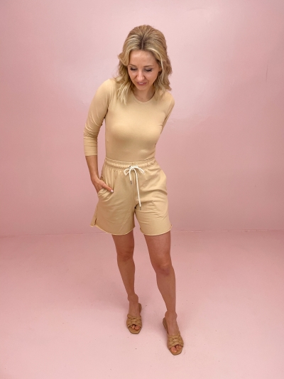 Elly short beige