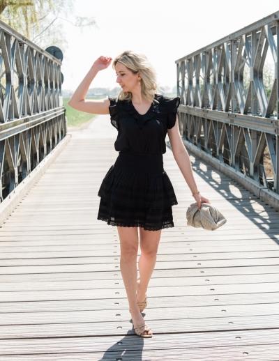 Thola blouse black