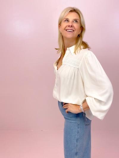 Jeffie Jacinda Shirt-Blouse logo