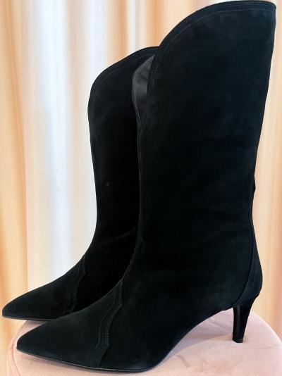Western boot logo