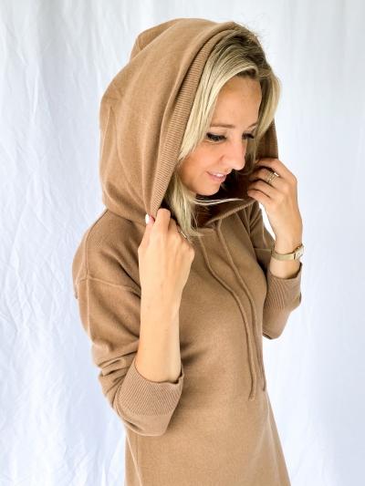 Tess knitted dress sand