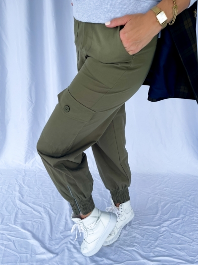 Pocket detail pants logo