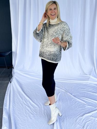 Knitted midi skirt black