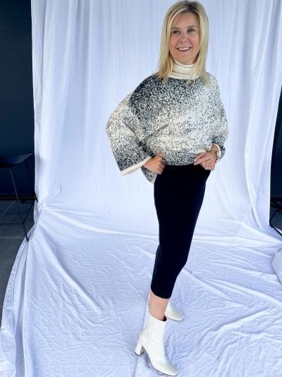 Knitted midi skirt logo