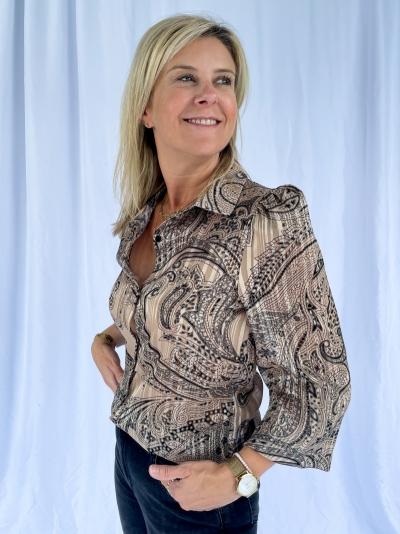 Cashmere blouse logo