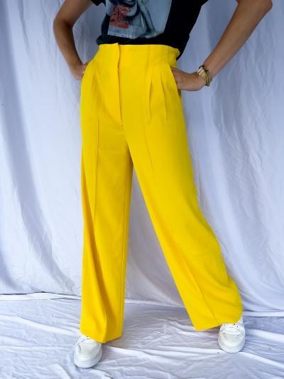 Flowy yellow yellow