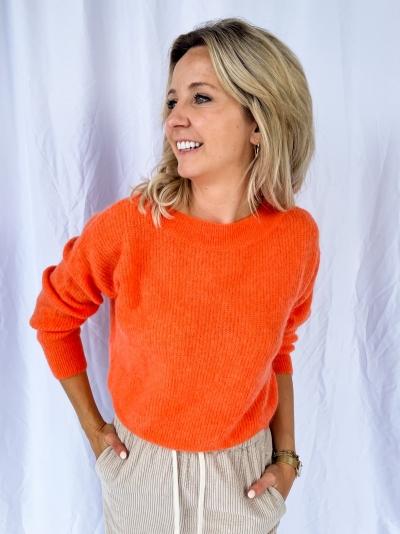 Short AT pull bright orange