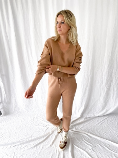 Comfy pants camel