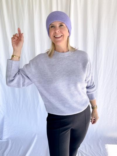 Shyla Gillian knit logo