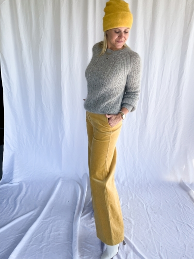 Collot trousers logo