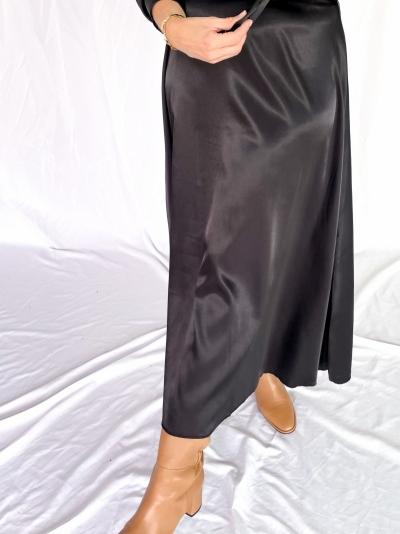Satin skirt black