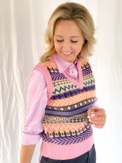 Torie Ainsley knit logo