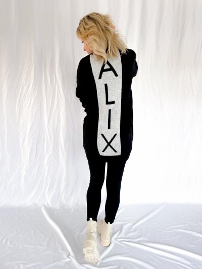 Knited Alix V-neck pullover black