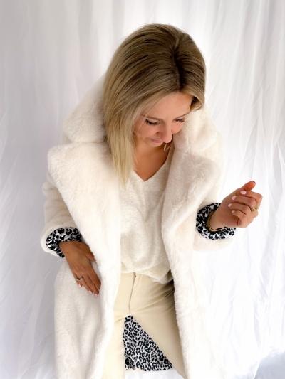 Casablanca fake fur coat AntiquWhite