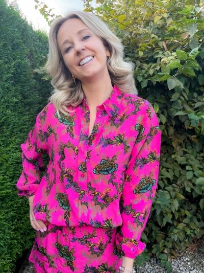 Ornament blouse shocking pink