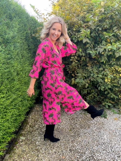 Ornamenst dress shocking pink