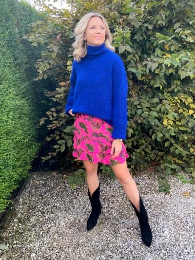 Ornament skirt shocking pink